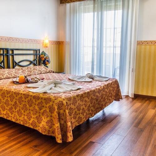 hotel consul die liste der serviceleistungen des hotel consul 3 sternein riccione. Black Bedroom Furniture Sets. Home Design Ideas