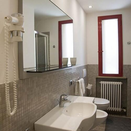 residence aris die liste der serviceleistungen des residence aris 3 sternein riccione. Black Bedroom Furniture Sets. Home Design Ideas